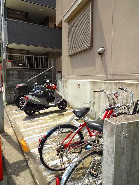 パルコートU駐車場