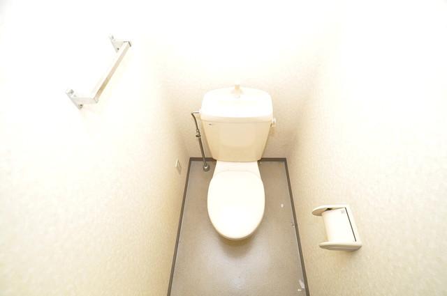 フォレスト今里 清潔感のある爽やかなトイレ。誰もがリラックスできる空間です。