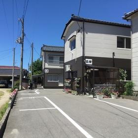https://image.rentersnet.jp/a2f7df7f-fab5-42a5-9eda-f617e033dbaa_property_picture_956_large.jpg_cap_外観