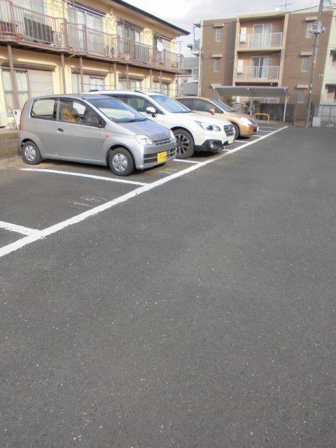 綱島駅 徒歩10分駐車場