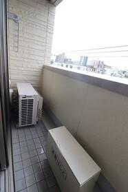 スカイハイツ 405号室