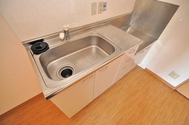 ウォンテ システムキッチンは広々と使えて、お料理が楽しくなります。