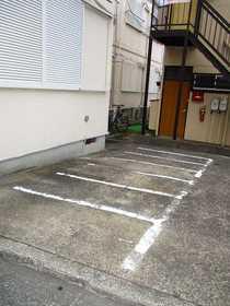 プチマロン駐車場