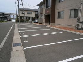 https://image.rentersnet.jp/a430a9d6-5c03-4920-94bb-4a9873bd2e76_property_picture_953_large.jpg_cap_駐車場