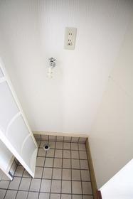 https://image.rentersnet.jp/a46b104e-9cc0-4591-8ccf-04b1e38692ea_property_picture_2988_large.jpg_cap_居室