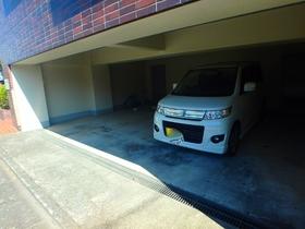 ヤマト永山ハウス駐車場