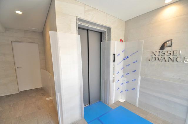 アドバンス大阪バレンシア 嬉しい事にエレベーターがあります。重い荷物を持っていても安心