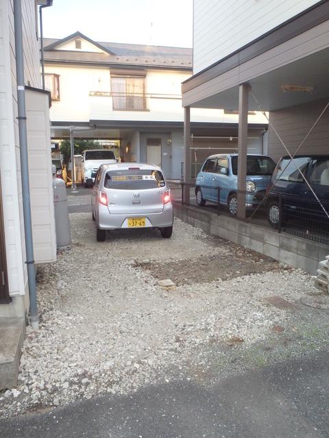 下瀬谷ハイツ第6駐車場