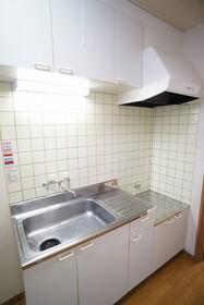 https://image.rentersnet.jp/a5870e3b-08dc-4836-a5dd-dd595e3df983_property_picture_956_large.jpg_cap_キッチン