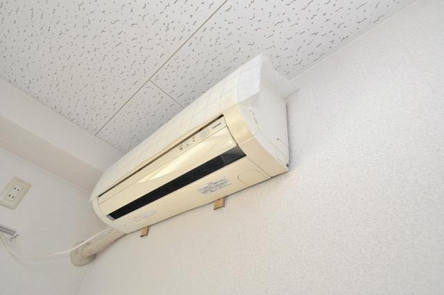 ロイヤルシード小阪 エアコンが最初からついているなんて、本当にうれしい限りです。