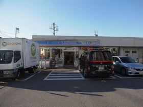 https://image.rentersnet.jp/a63270f5-f649-477c-b664-f938a835fe4d_property_picture_2409_large.jpg_cap_ローソン船橋宮本店