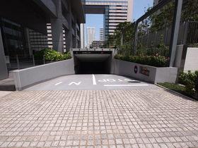 品川グラスレジデンス駐車場