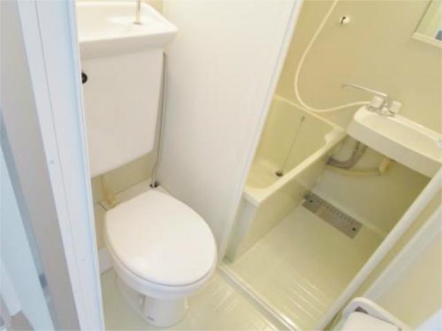 シティハイム亀甲トイレ