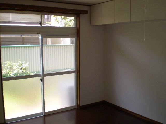 鶴見駅 徒歩15分居室