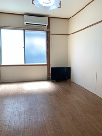 https://image.rentersnet.jp/a6c269c5-d5bb-46a9-a48f-d74ec33172fa_property_picture_953_large.jpg_cap_居室