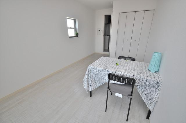 セゾンクレアスタイル新今里 明るいお部屋は風通しも良く、心地よい気分になります。
