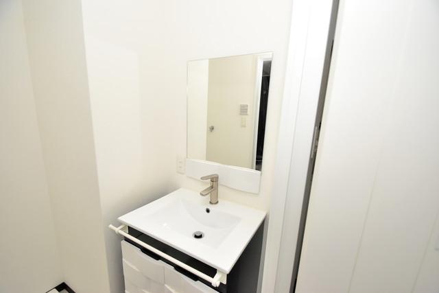 U-ro北巽 独立した洗面所には洗濯機置場もあり、脱衣場も広めです。