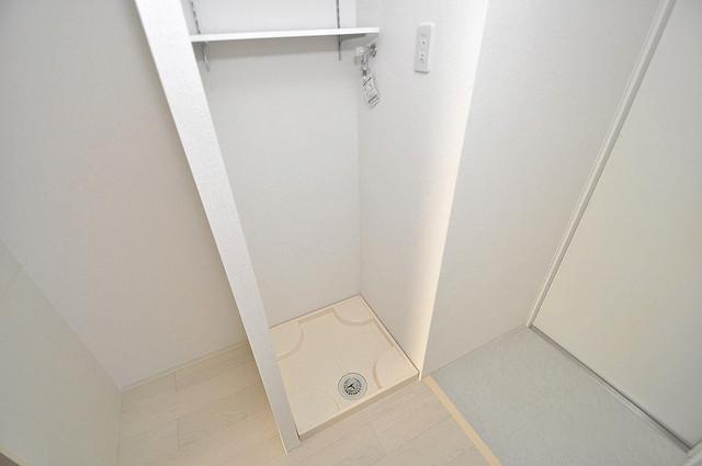 セレニテオズ北巽 洗濯機置場が室内にあると本当に助かりますよね。
