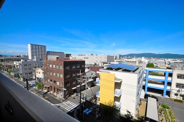 CASSIA高井田NorthCourt この見晴らしが陽当たりのイイお部屋を作ってます。