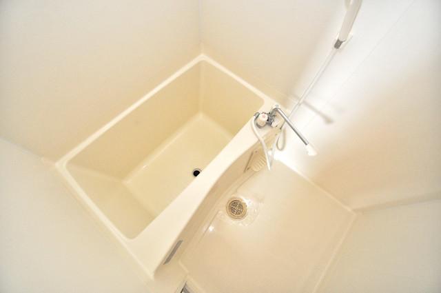ラ・フォンテ今里 機能的なバスルームはトイレと別々なので、広々としていますよ。