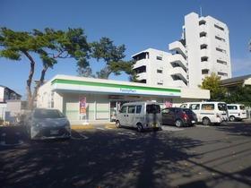 ファミリーマート大泉学園店