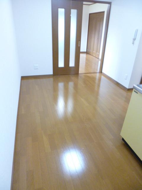 メゾン稲垣2居室