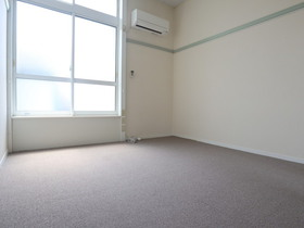 https://image.rentersnet.jp/a80a7400-4c25-4368-9260-0e3a39bd70c7_property_picture_955_large.jpg_cap_居室