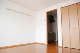 https://image.rentersnet.jp/a81690df-fd64-41ee-b98a-e03ca72cda62_property_picture_2419_large.jpg_cap_居室