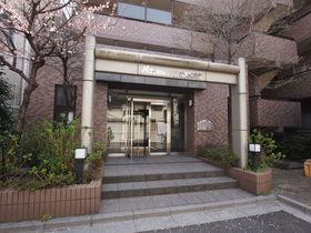 代田橋駅 徒歩15分エントランス