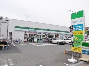 コートドールタツミ ファミリーマート巽中三丁目店