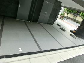 スカイコート上野稲荷町駐車場