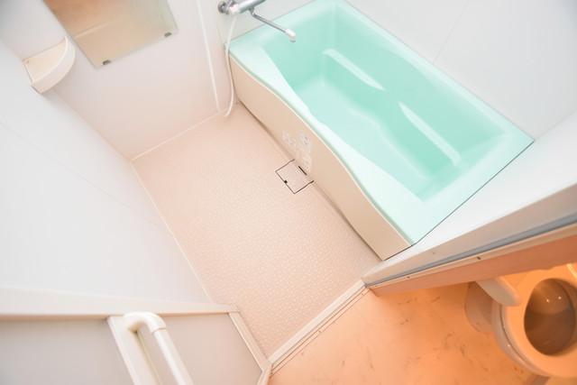 セレブ西上小阪 ちょうどいいサイズのお風呂です。お掃除も楽にできますよ。