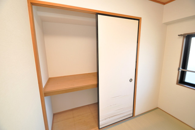 ウエンズ小路 もちろん収納スペースも確保。いたれりつくせりのお部屋です。