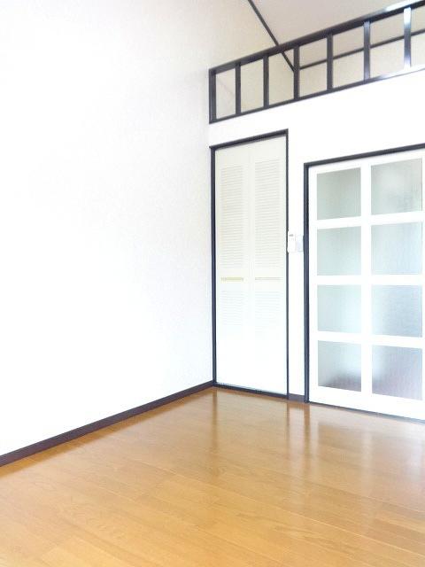 貴志ハイツC棟居室