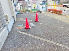 クレセントコウエイ駐車場