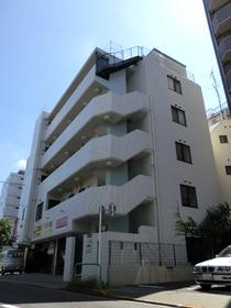 世田谷サービスビルの外観画像