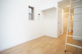 https://image.rentersnet.jp/aa1e0ae6-e3d9-4d27-b54c-308d2ab5ca65_property_picture_2987_large.jpg_cap_居室