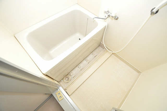 アバ・ハイム西村 一日の疲れを洗い流す大切な空間。ゆったりくつろいでください。