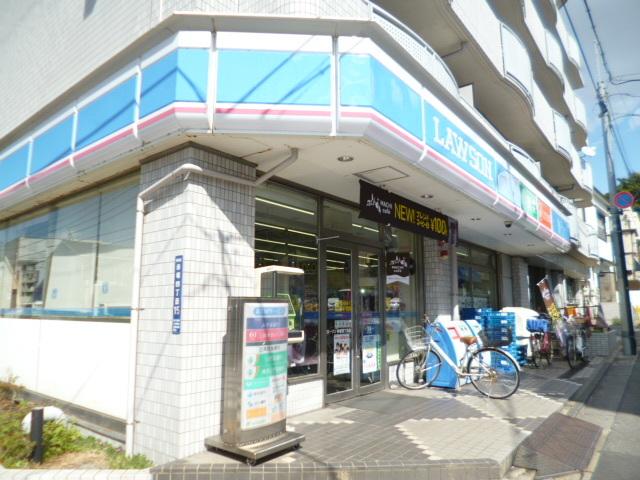 成増駅 徒歩9分[周辺施設]コンビニ