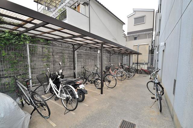フォレスト今里 あなたの大事な自転車も安心してとめることができますね。