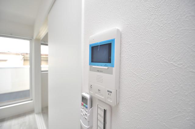 solana岸田堂 TVモニターホンは必須ですね。扉は誰か確認してから開けて下さいね