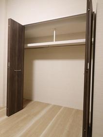 奥平レジデンス 301号室