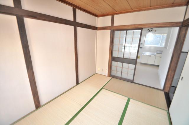 太平寺2丁目 連棟住宅 もうひとつのくつろぎの空間、和室も忘れてません。
