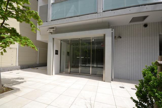 田町駅 徒歩7分エントランス
