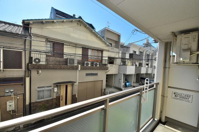 メゾン・ド・成屋大阪 この見晴らしが陽当たりのイイお部屋を作ってます。