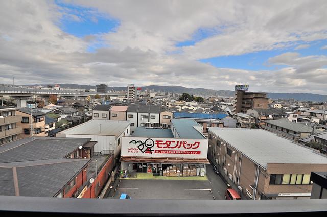 高井田ル・グラン バルコニーは陽当たりが良く、洗濯物も気持ち良く乾きます。