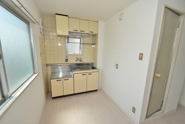 ロイヤルハイツ深江南 シンプルな単身さん向きのマンションです。