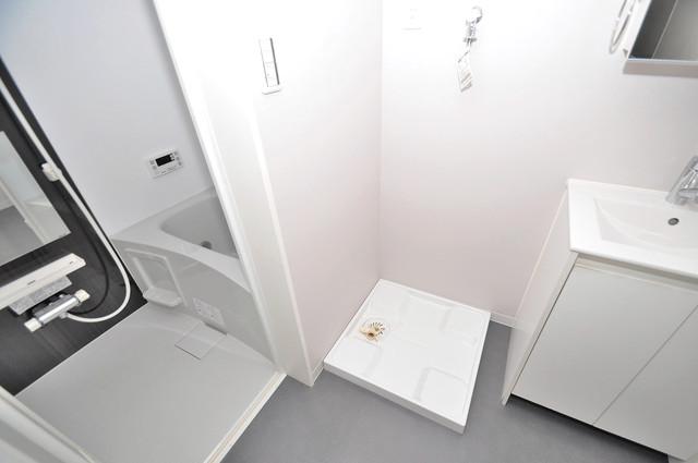 フォレストコート東今里 嬉しい室内洗濯機置場。これで洗濯機も長持ちしますね。