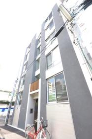 高円寺駅 徒歩8分エントランス