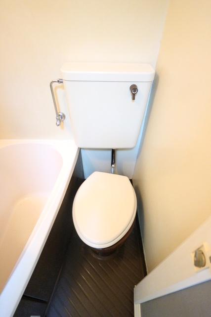 フォーライフ小平トイレ